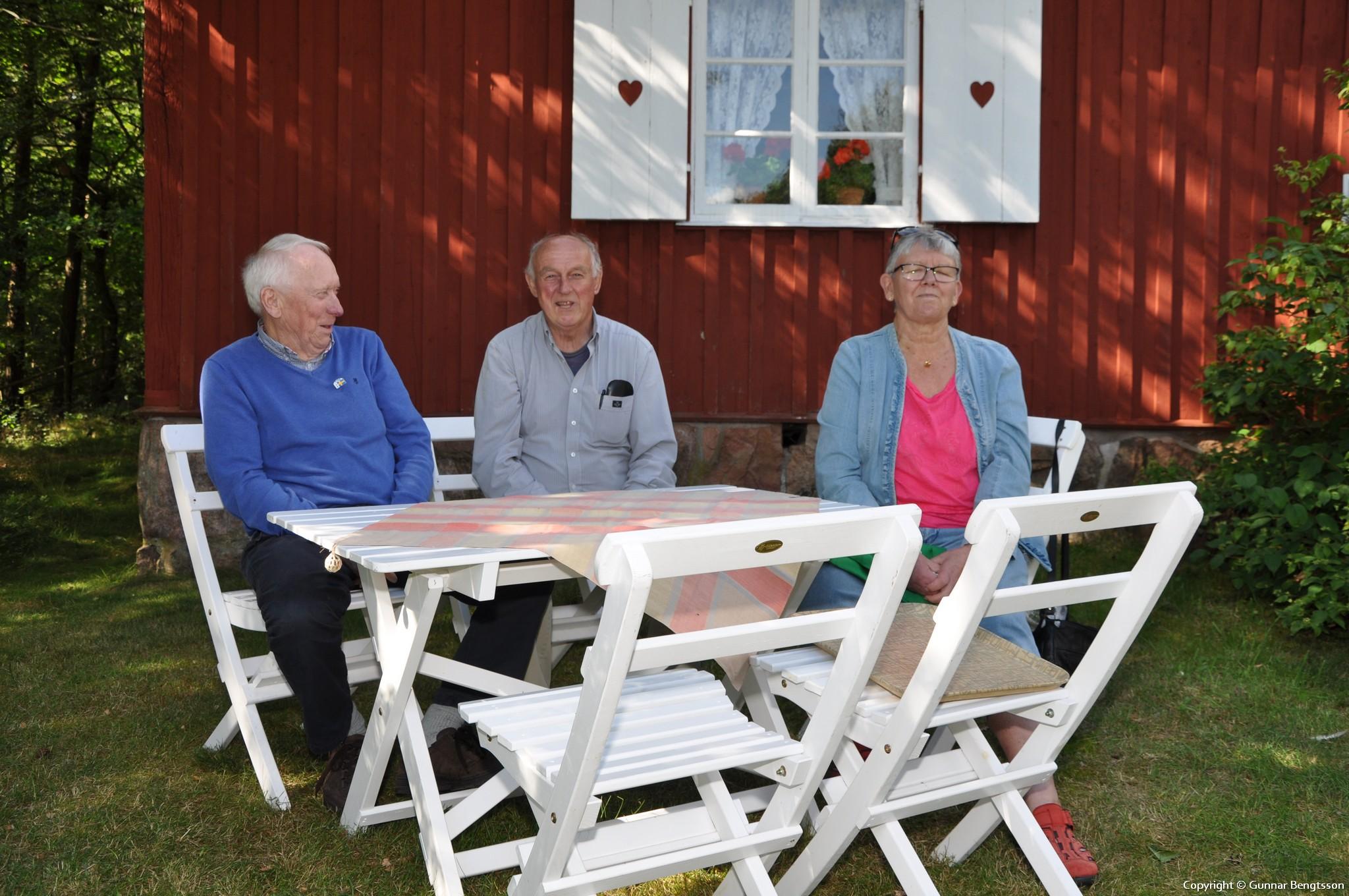 Ordförande Gösta med vänner