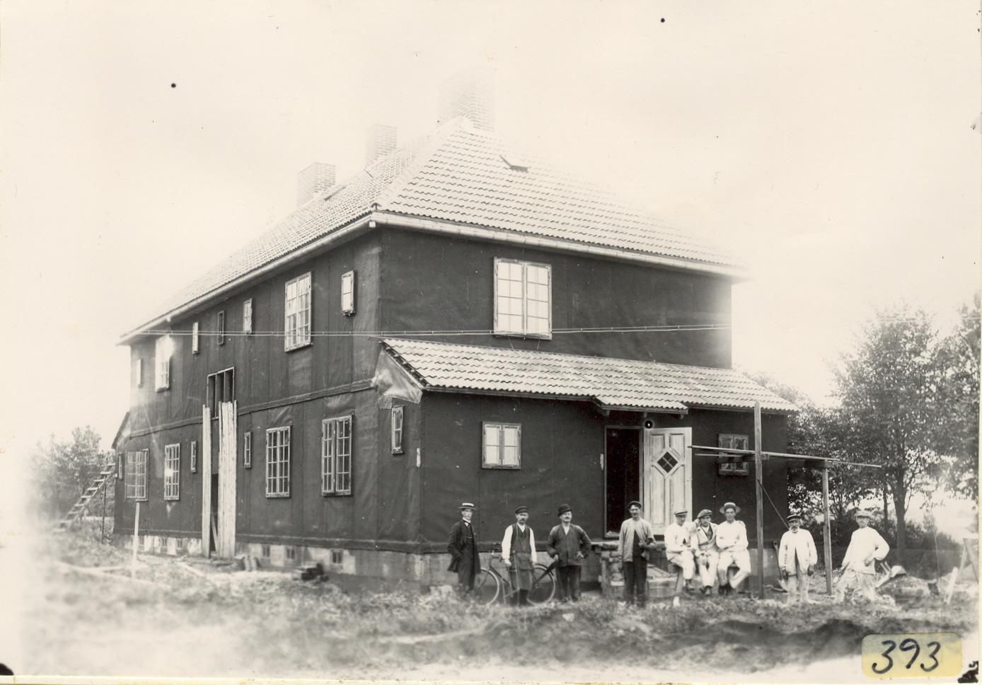 Hhb393 Betjäningshuset byggs börj 1900 talet