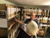 Christer Hansson guidar i arkivet